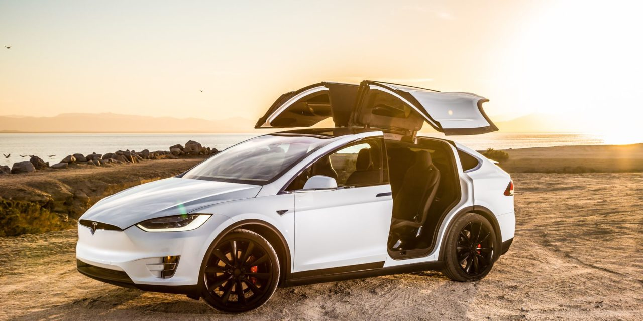 La Tesla Model X vous souhaite un joyeux Noël 🎄